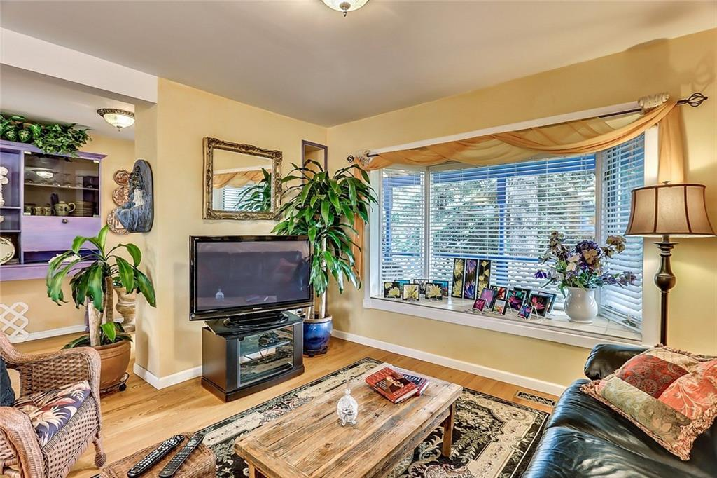 424 third street west cochrane home for sale living area